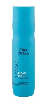 Wella Professional Zklidňující šampon na vlasy s lupy a na podrážděnou pokožku hlavy Invigo Clean Scalp (Anti Dandruff Shampoo) Objem 250 ml woman
