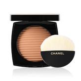 Chanel Bronzující tvářenka Les Beiges (Healthy Glow Luminous Colour) 12 g Odstín Medium Deep woman